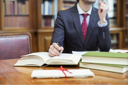адвокат по решению споров с органами государственной власти
